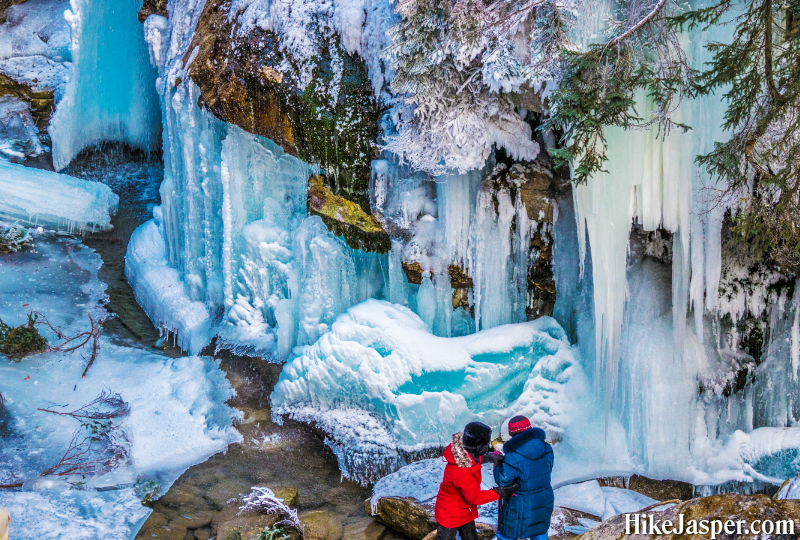 Winter in Jasper National Park - Maligne Canyon Icewalk